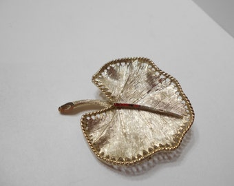 Vintage BSK Brushed Gold Tone Metal Leaf Brooch (8070)