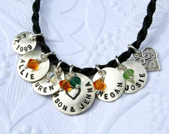 Modern Charm Bracelet for Mom/Grandma/Nana/Aunt/Godmother - in choice of Black/Brown/Natural/White