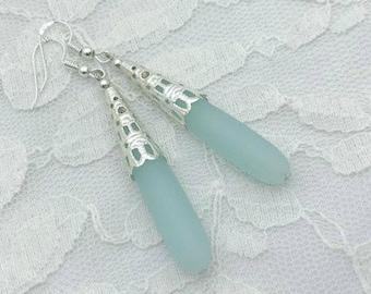 Mint green drop earrings, Elegant drop earrings, Mint green bridal jewelry, Sea foam green earrings, Boho earrings