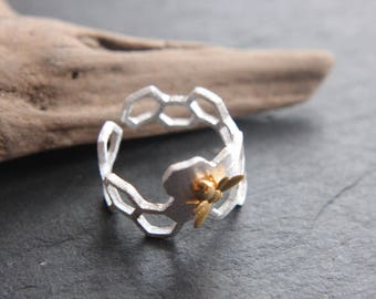 925 sterling silver bee on honeycomb ring bicolor bee honeycomb honey bee