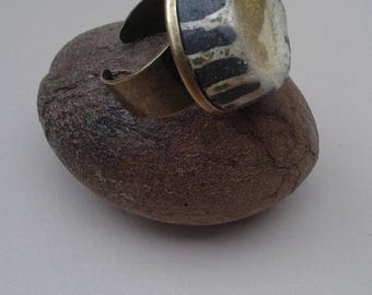 Ring with pale yellow raku cabochon