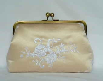 White and Gold Floral Bridal Clutch, Bridal Clutch, Wedding Clutch, Floral Clutch, Evening Clutch, White and Gold Clutch, Brides Clutch