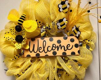 Queen Bee Deco Mesh Wreath, Welcome Wreath, Everyday Wreath, Door Decor, Door Hanger, Wreath