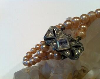 """fake """"Pearl"""" Bracelet"""