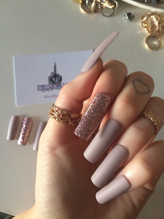 Items similar to x Pink Fizz x Extra long false nails square ...