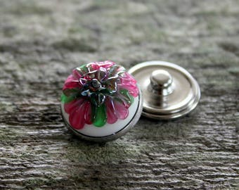Fantasy Floral Snap Button White Pink Silvered Glass