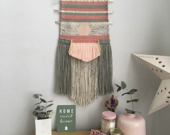 Woven wall hanging / tapestry / modern wall hanging