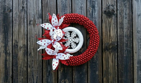 Christmas Wreath, Holiday Wreath, Glittered Berry and Poinsettia Wreath