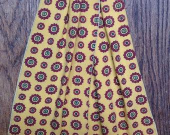 Vintage 1960s 60s vibrant yellow red cotton cravat tie mod
