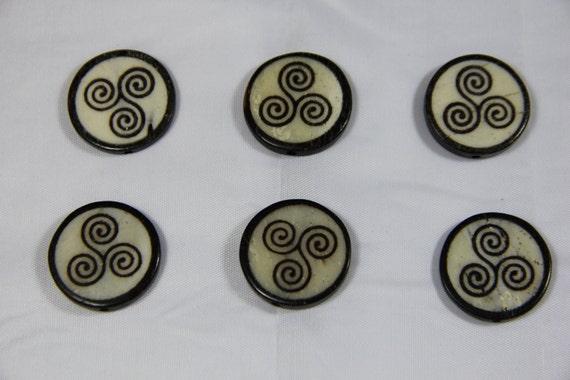 6 pcs Batik Bone Celtic Coin Beads
