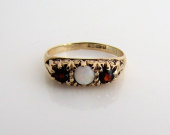 Victorian Revival 9K Gold Opal Garnet Ring. Vintage Scottish Trilogy Ring. Past Present Future 3 Stone Ring. Antique Style Anniversary Ring