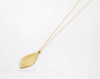 Long leaf necklace, delicate leaf charm pendant, gold or silver, simple, leafy, everyday jewelry, holidays gift, by balance9