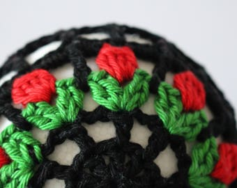 Unique Dutch design tulips ballet bun, hair accessory, crochet bun holder for Ballet, Dance, Flamenco or Gymnastics in black or white.