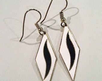70s Vintage Earrings / Black White Enamel Diamond Shaped Earrings w/Gold Filigree / Fashion Accessories / GLAM Rock Earrings / Teen Gift