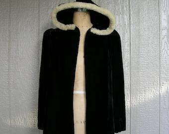 Vintage 30s Black Velvet Hooded Jacket RABBIT FUR FRAME