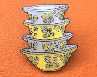 Vintage Pin Club - Pyrex Gooseberry Cinderella Bowls Enamel Pin Badge