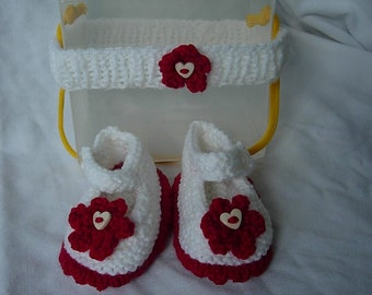 Hand Knitted Baby Girl Bootees and Matching Head Band Set. Christmas.