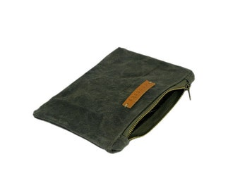 Zipper pouch, waxed canvas pouch, cosmetic bag, makeup bag, handwaxed canvas, recycled canvas makeup bag