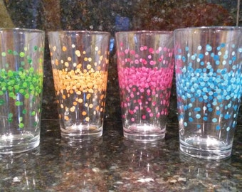 Contemporary Dotted Pint Glasses
