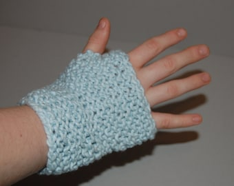 Fingerless gloves ~ Knitted
