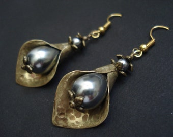 Calla Hammered Bronze Earrings Grey Pearls Antique Faced Earrings Metalwork Unique Modern Handcrafted Flower Bronze Leaf Pearls Earrings