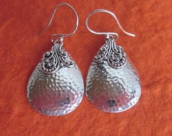Balinese Sterling Silver Tribal style Earrings / 1.5 inch / silver 925 / Bali Handmade Jewelry