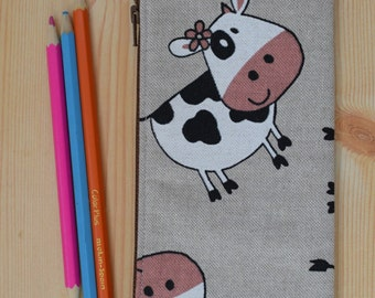 Cows pencil case,animals pencilcase,cow pouch,zippered pouch,kawaii pencil case,cows pouch,cows bag,cows print,travel pouch,zippered bag