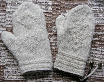 Swedish Twined Mitten Kit