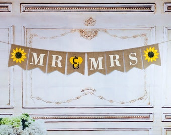 MR and MRS WEDDING Burlap banner, Rustic Style banner, Sunflower banner, Personalized family banner, wedding burlap banner, Photo-Prop.