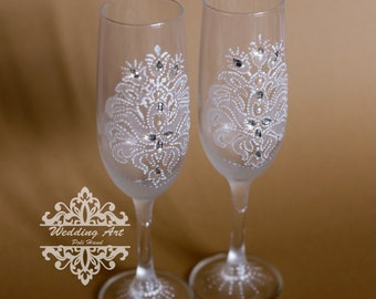 Personalized Champagne Flutes, Silver Wedding Toasting Flutes, Engraved Wedding Glasses,  Champagne Glasses, Champagne Flute