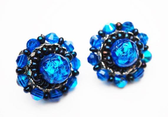 Hobe Bead Cluster earrings  - Blue Art Glass - silver black - clip on earring