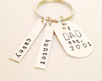 Personalized Dad Keychain, Personalized Dad Gift, Personalized Fathers Day Gift, Dad Keychain, Custom Dad Keychain, Father Keychain