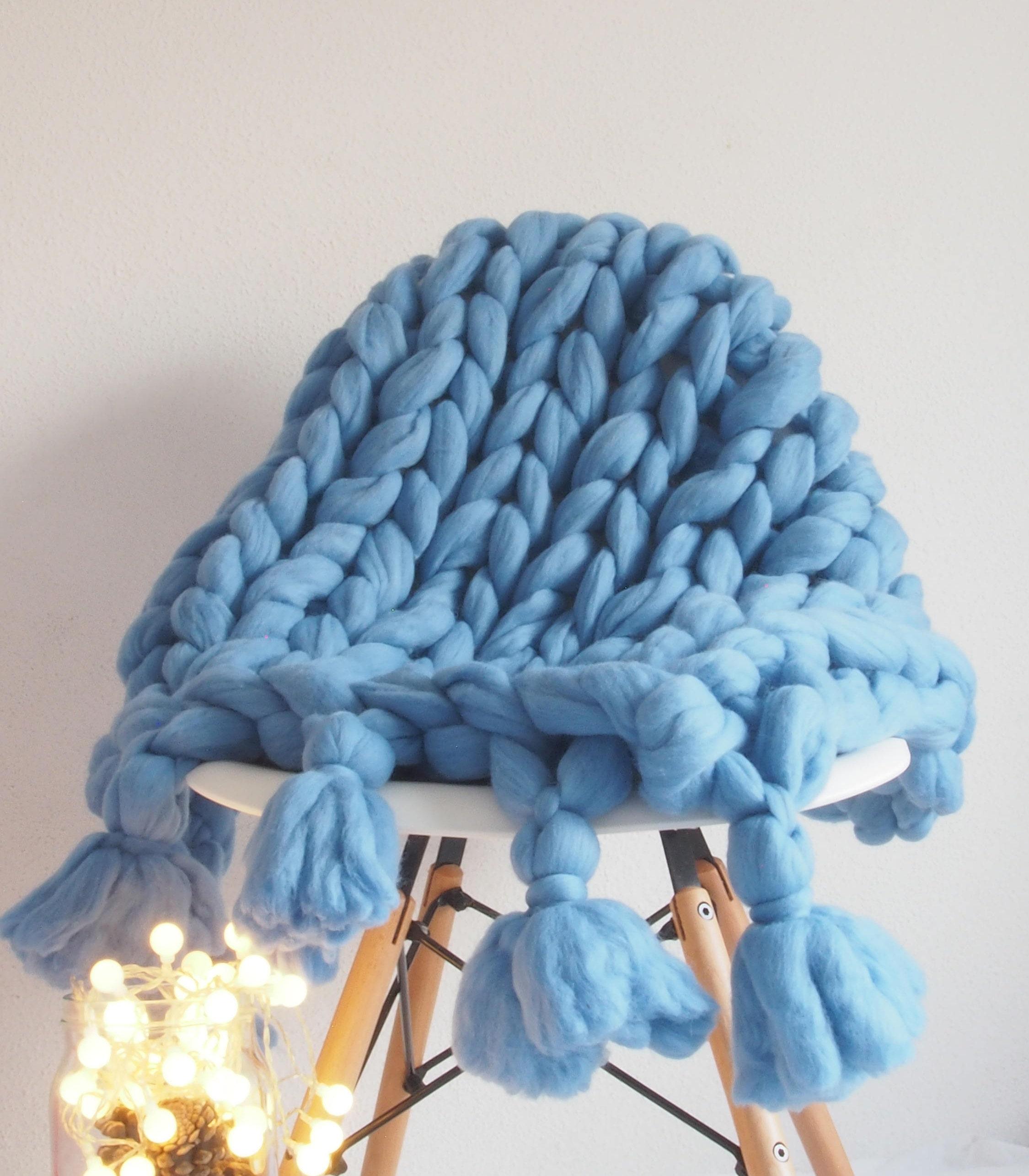chunky knit blanket manta xxl merino azul flecos couverture de laine xxl merinos bleu blue. Black Bedroom Furniture Sets. Home Design Ideas