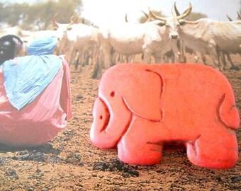 x orange 1 elephant Howlite pendant bead.