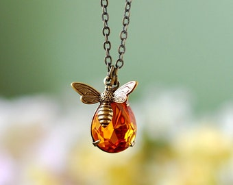 Bee and Honey Drop Necklace, Bee Jewelry, Honey Bee Humble Bee Necklace, Topaz Necklace, Bee Pendant Charm Necklace, Gift for Bee lover