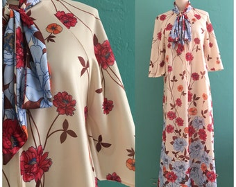vintage 60's spring floral maxi dress // tie neck lounge hostess dress