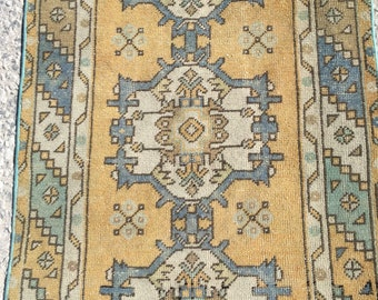 9 ft x 2 ft 9 in ( 274 x 87 cm ) Free shipping Turkish vintage rug pastel rug old rug anatolian rug  oushak rug small rug