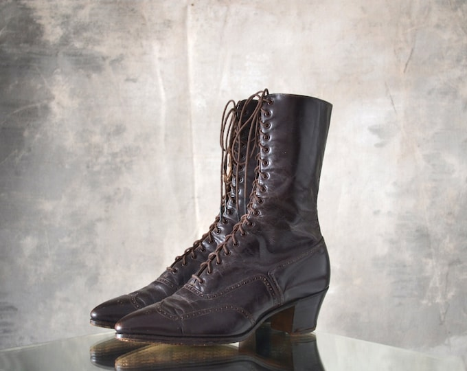Victorian Brown Leather Boots
