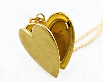 Long Heart Necklace, Gold Heart Locket, Mothers Day Locket, Gift for Her, Personalized Locket, Photo Locket, Locket Gift, Heart Pendant
