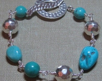 Sleeping Beauty Mine Turquoise & Hammered Sterling Linked Bracelet - B147