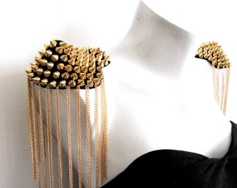 2 PCS.Pietra Epaulets,Gold Stud Epaulets,Handmade Epaulets,Gold Studs Shoulder Pad,Shoulder Embellishment,Epaulets,Gold Spike Epaulet
