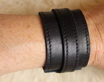 black leather strap. wrist strength; Bracelet of strength; black leather bracelet. ET.115