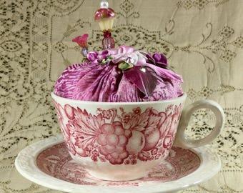 Pink Teacup Pincushion w/Pin-its