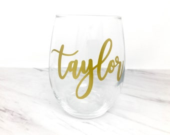 Personalized Wine Glass, Personalized Wine Gift, Stemless Wine Glass, Personalized Glass, Gold Wine Glass, Custom Name Wine, Name Glasses