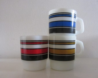 "FIRE KING - Produced by Anchor Hocking - One (1) Milk Glass Mug with Stripes in Red - Pattern ""Super Stripe Mag"" - 1970s"