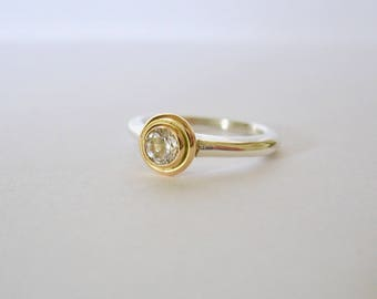 18k Gold And Sterling Silver Solitaire Ring