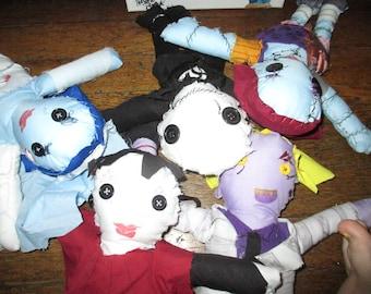burton dolls ( 5 items )