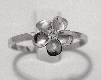 Plumeria Ring, Flower of Hawaii Ring, Sterling Silver Hawaiian Plumeria CZ Ring, Hawaiian Jewelry, Hawaiian Ring, R1037