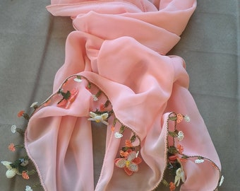 100% handmade Turkish needle lace foulard.
