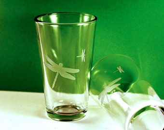 1 Dragonfly Etched Pint Glass